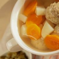 Meatball soup - Frikadelu zupa