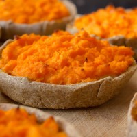 Sklandrausis - traditional latvian vegetable tarts