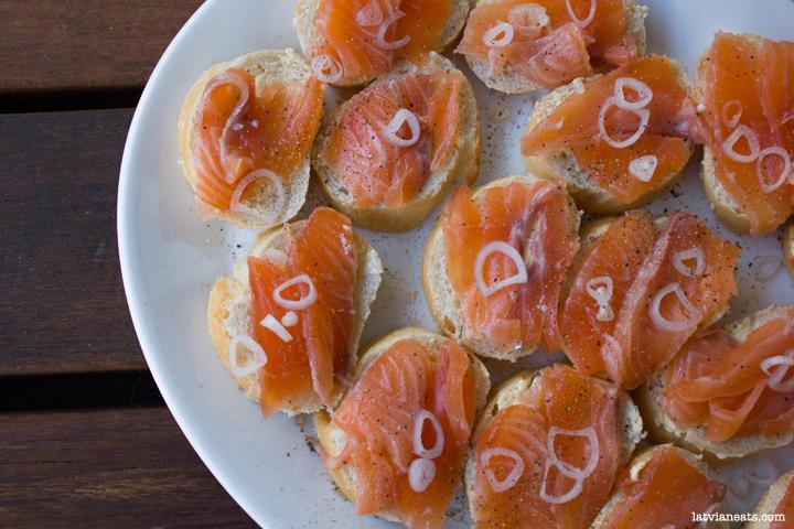 Cured salmon sandwich